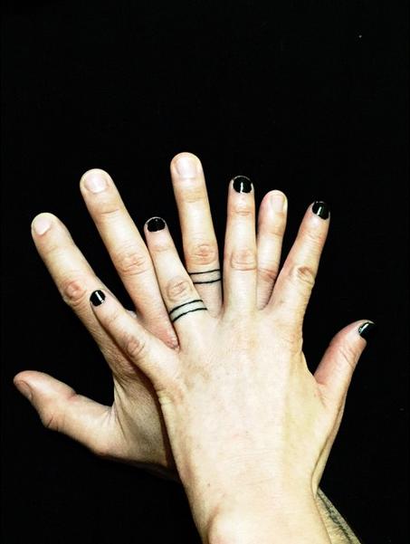 31 Niepowtarzalnych Tatuaży Obrączek ślubnych Kiedy Je
