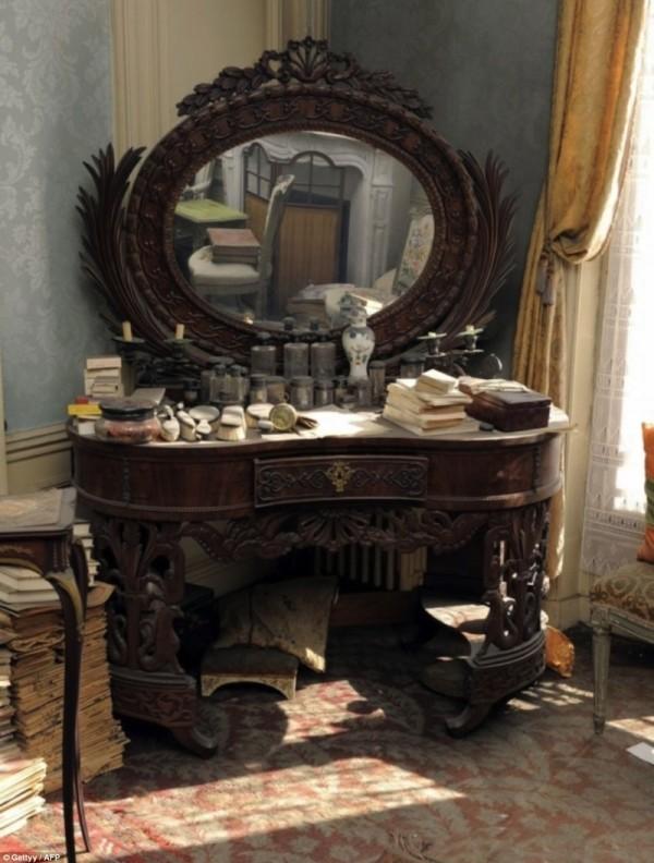 tajemnicze i przepiękne opuszczone mieszkanie  (4)