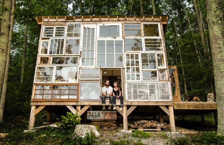 dom z recyklingu (1)