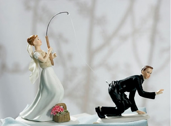 16 spektakularnych figurek na tortach weselnych, które z pewnością Cię rozbawią. #6 to mój faworyt!