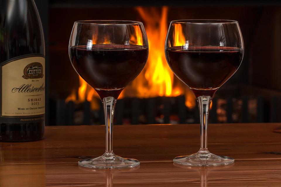 jak łatwo otworzyć wino bez korkociągu