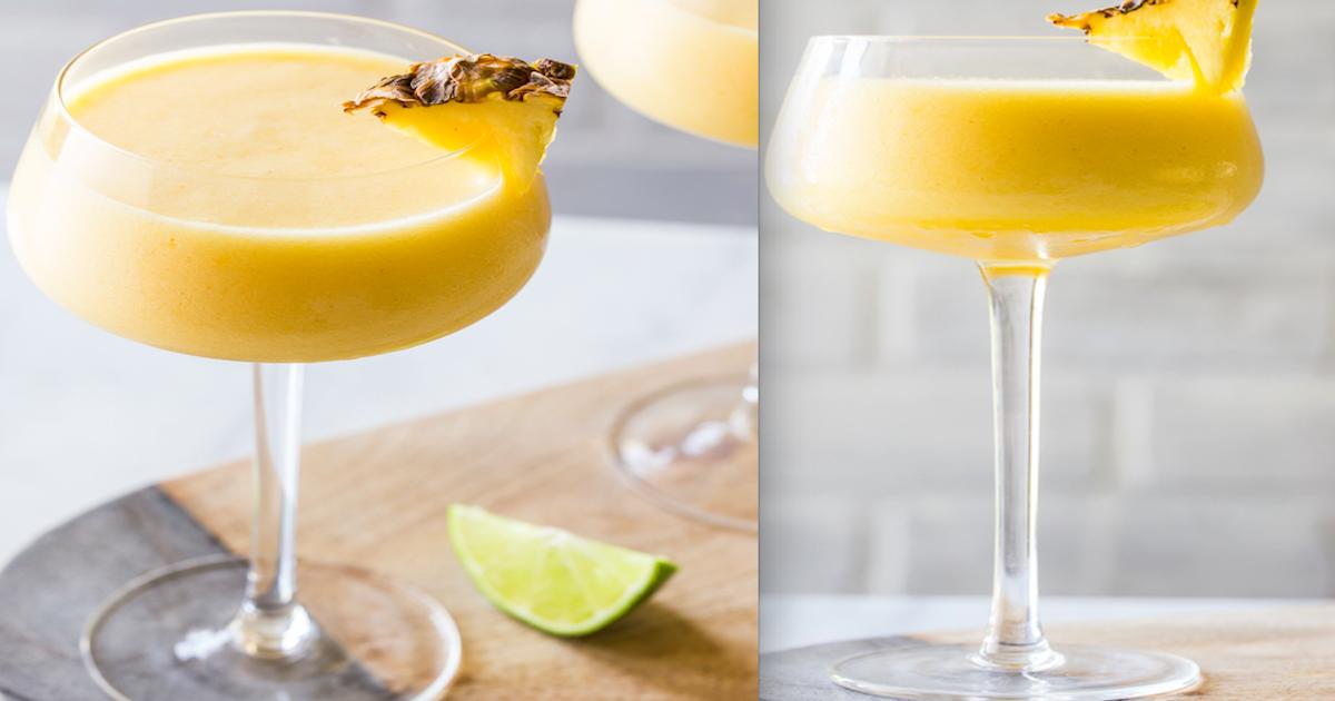Wyśmienity drink alkoholowy z ananasem i mango – idealny na gorące i upalne dni.