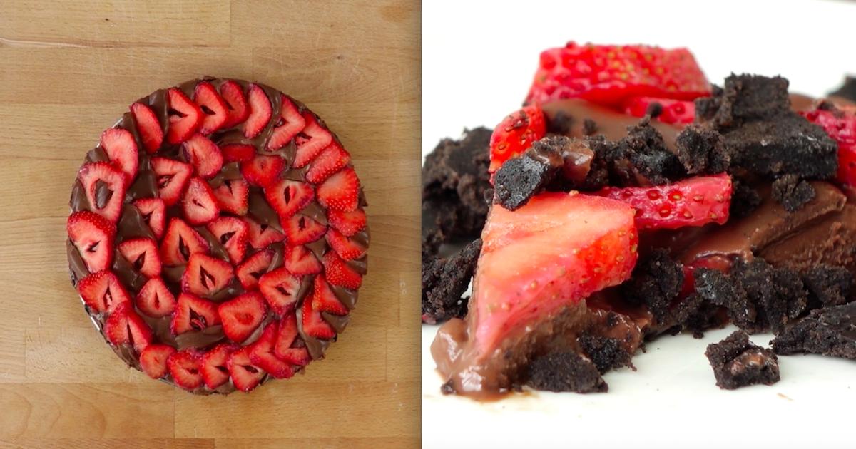 Przepyszne ciasto bez pieczenia z ciasteczkami Oreo, czekoladą i truskawkami.