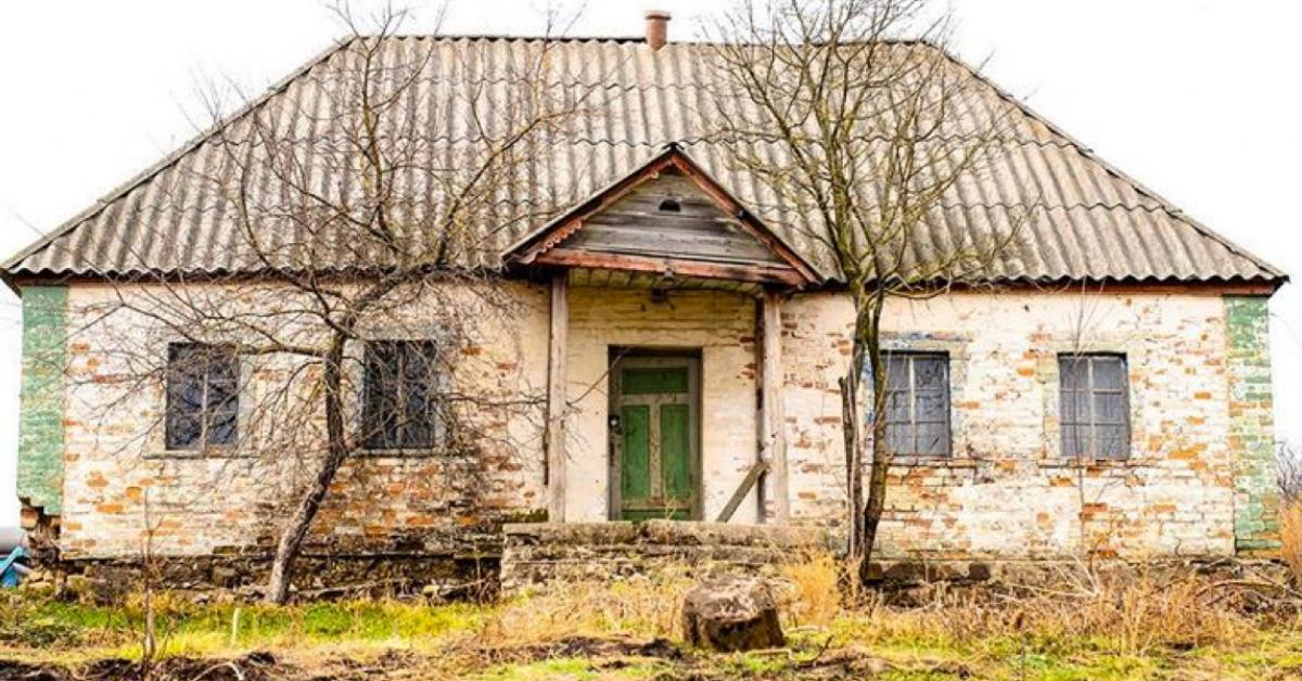 Przez 30 lat ten dom był niezamieszkały. Dopiero po tym czasie, ktoś zaryzykował i zajrzał do środka