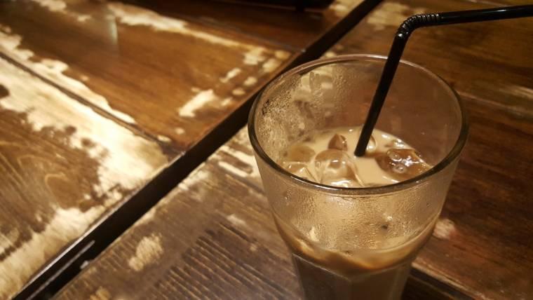 Jak zrobić kawę mrożoną we własnym domu?