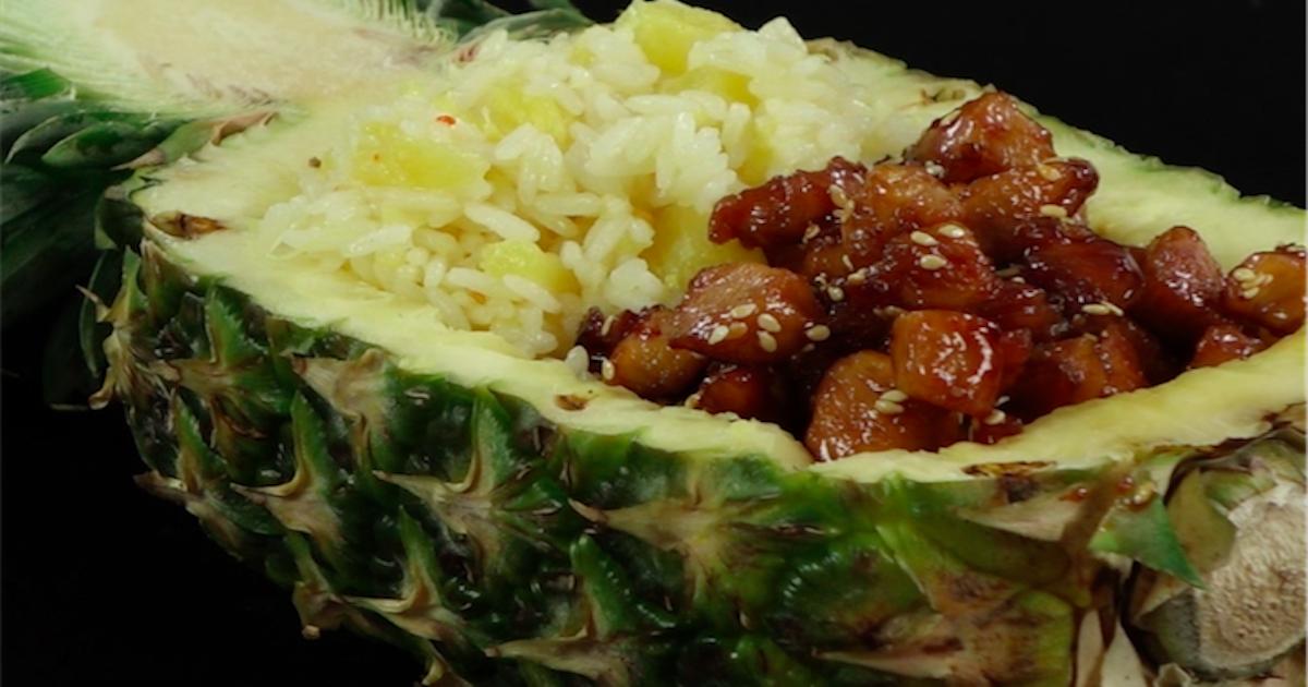 Kurczak w sosie teriyaki z ryżem i ananasem