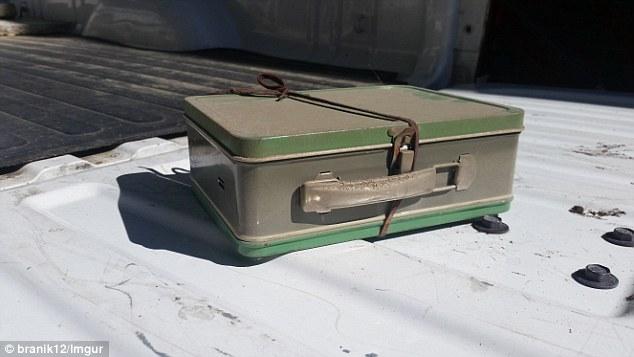 tajemnicza-walizka-2