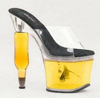 20 przedziwnych par butów, w których chodzenie wydaję się wręcz niemożliwe! #15 to lekka przesada