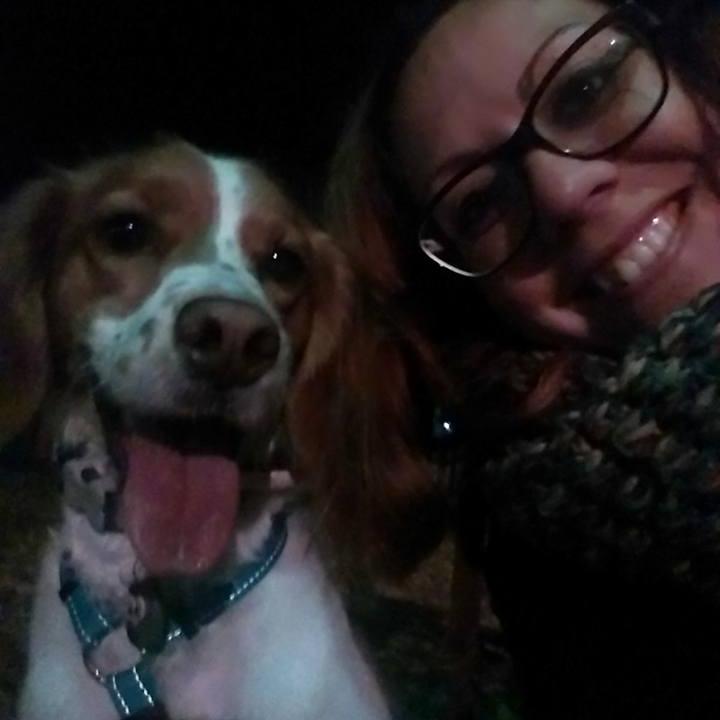 Jej relacja z psem jest naprawdę wyjątkowa. Kobieta ma na to swoją receptę