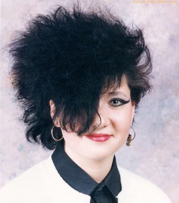 25 absurdalnych fryzur z lat 90-tych, o których dziś pragniemy zapomnieć, a kiedyś były na topie
