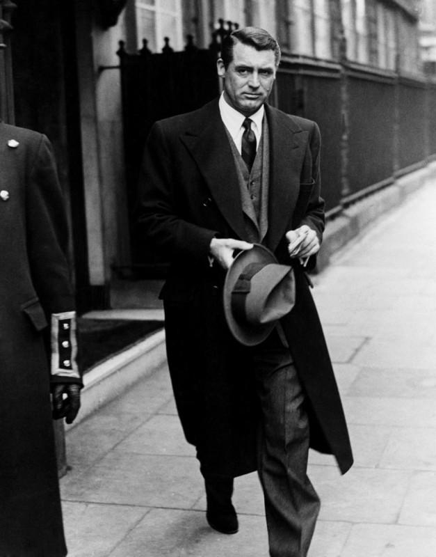 Uosobienie stylu: Cary Grant we wczesnych latach 50-tych.