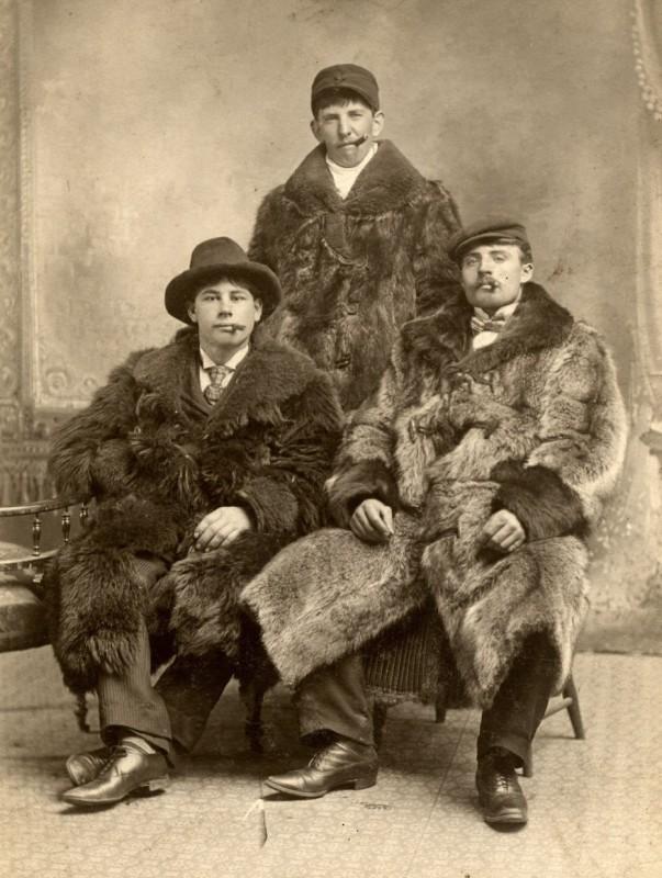 Zdjęcie rodzinne z przełomu wieku.