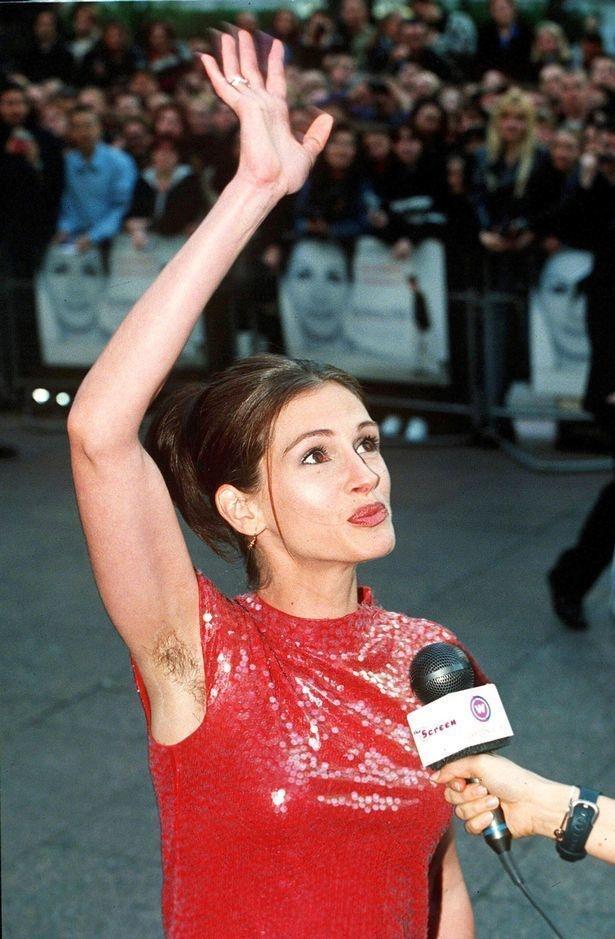 12 popularnych celebrytek, które zapomniały ogolić części ciała i niechcący pokazały je całemu światu