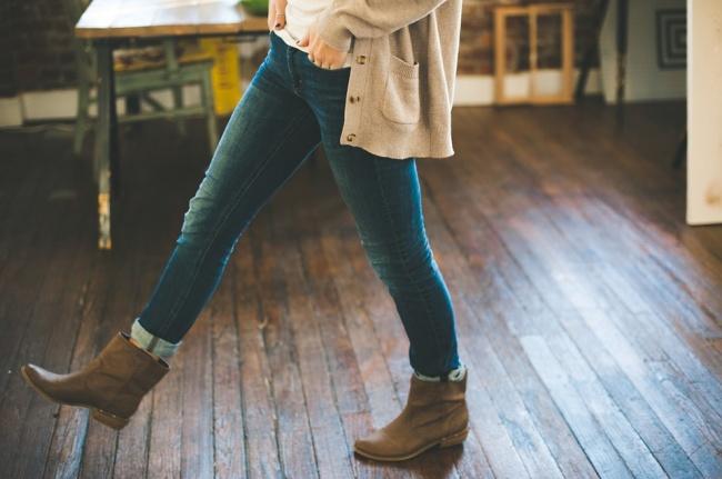 10 ubrań, które kochają kobiety, a ich zdrowie tego nienawidzi. Oceń czy warto je nosić