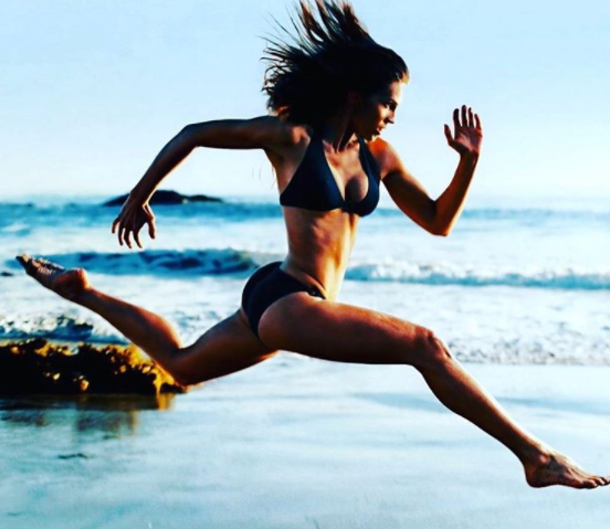 5 przekonujących dowodów na to, że regularne bieganie znacząco poprawia jakość seksu