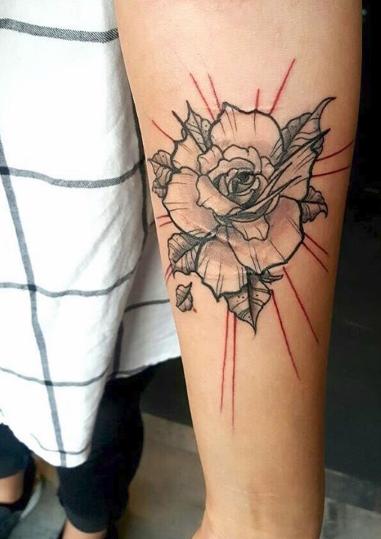 17 niesamowitych tatuaży, które udowadniają, że blizny i rozstępy mogą być piękne