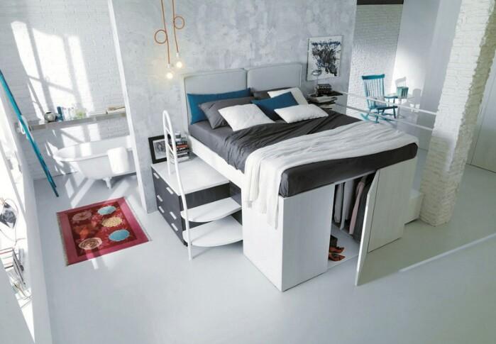Choć z pozoru wygląda jak zwykłe łóżko, środek zdradza pewną tajemnicę. Kto by się spodziewał?
