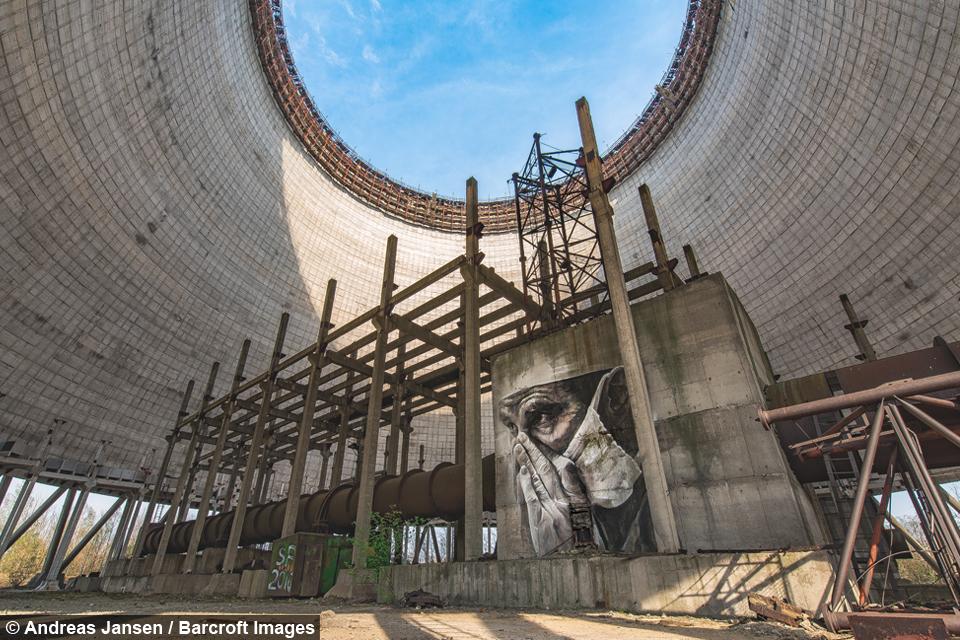 Mężczyzna sfotografował opuszczone miasto duchów po 31 latach od katastrofy atomowej w Czarnobylu