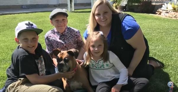 Myślała, że jej pies został uśpiony. 6 miesięcy później przypadkowo znajduje go w ogłoszeniu