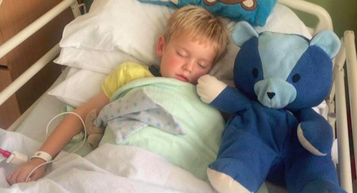 7-latek umarł z winy swoich rodziców. Lekarz znalazł w jego rączce rozdzierający serce list