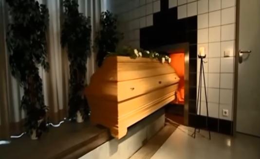 Trumna z ciałem była już w krematorium. Wtedy na komisariacie w Jeleniej Górze zadzwonił telefon