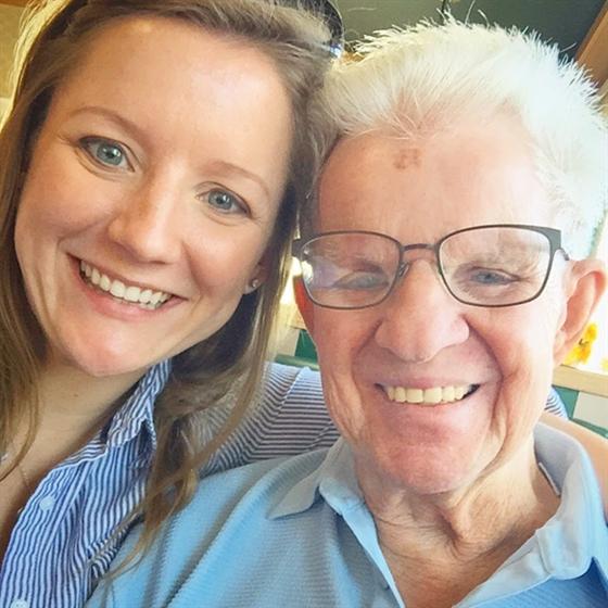 Umieściła zdjęcie dziadka z jej synami w sieci. Zobaczył je lekarz i ostrzegł ją