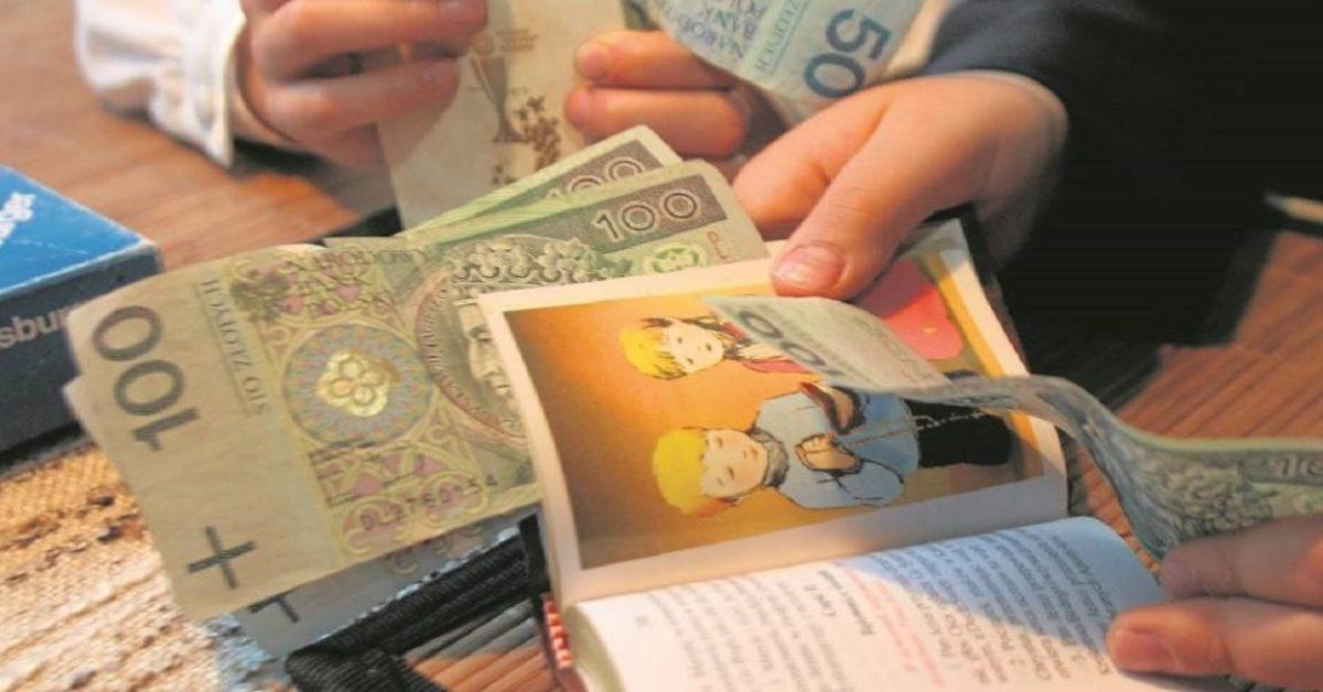 Jeśli zabierasz dziecku pieniądze z komunii