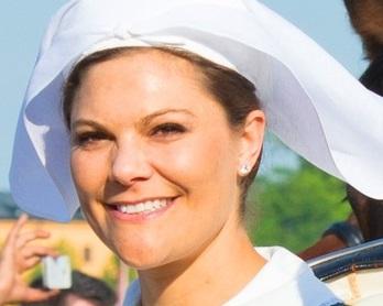 8 zasad dotyczących wyglądu, których muszą przestrzegać kobiety należące do rodziny królewskiej