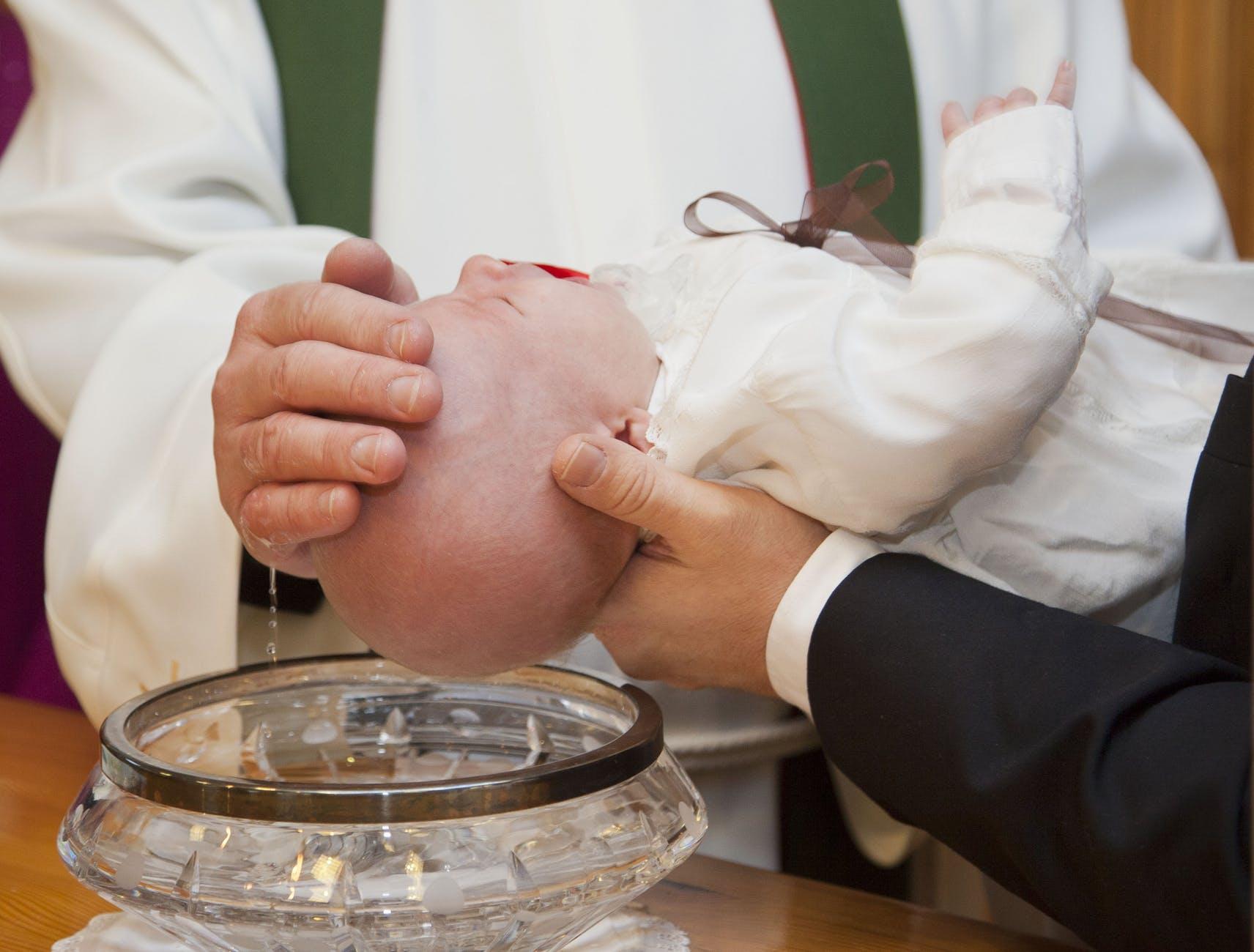 Tydzień przed ślubem Natalia miała zostać chrzestną. Ksiądz z parafii nie chciał do tego dopuścić