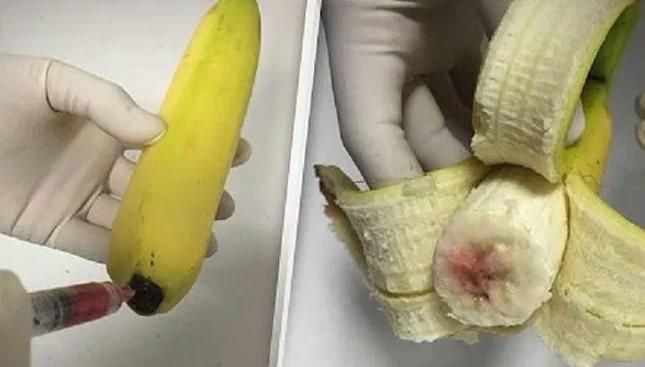 W bananach pojawił się czerwony miąższ. Niektórzy sugerowali, że ktoś wstrzykuje w nie wirus HIV