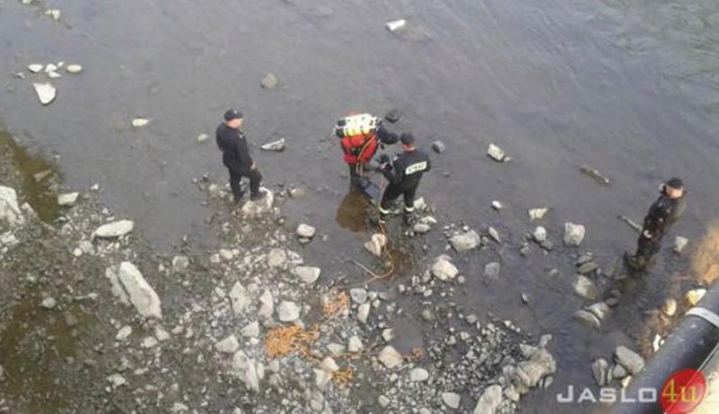 39-latek z Jasła wskoczył do topiącej się w rzece 11-latki. Wierzył że uda mu się ją uratować