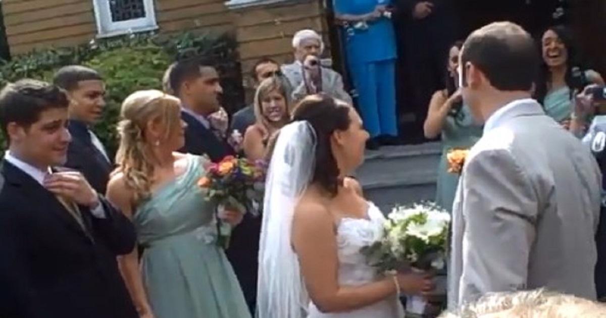 """""""Nie zasługujecie na to, aby brać ślub"""". Ksiądz skierował takie słowa do nowożeńców po mszy"""