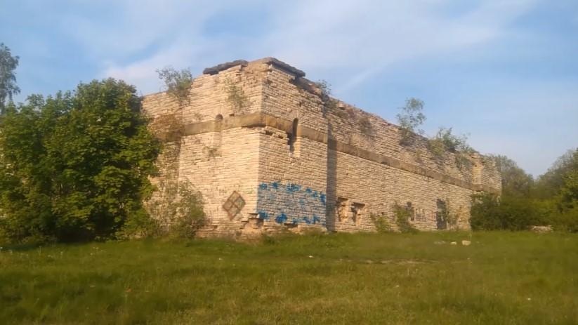 10 nawiedzonych miejsc w Polsce. Miejscowi boją się nawet o nich mówić
