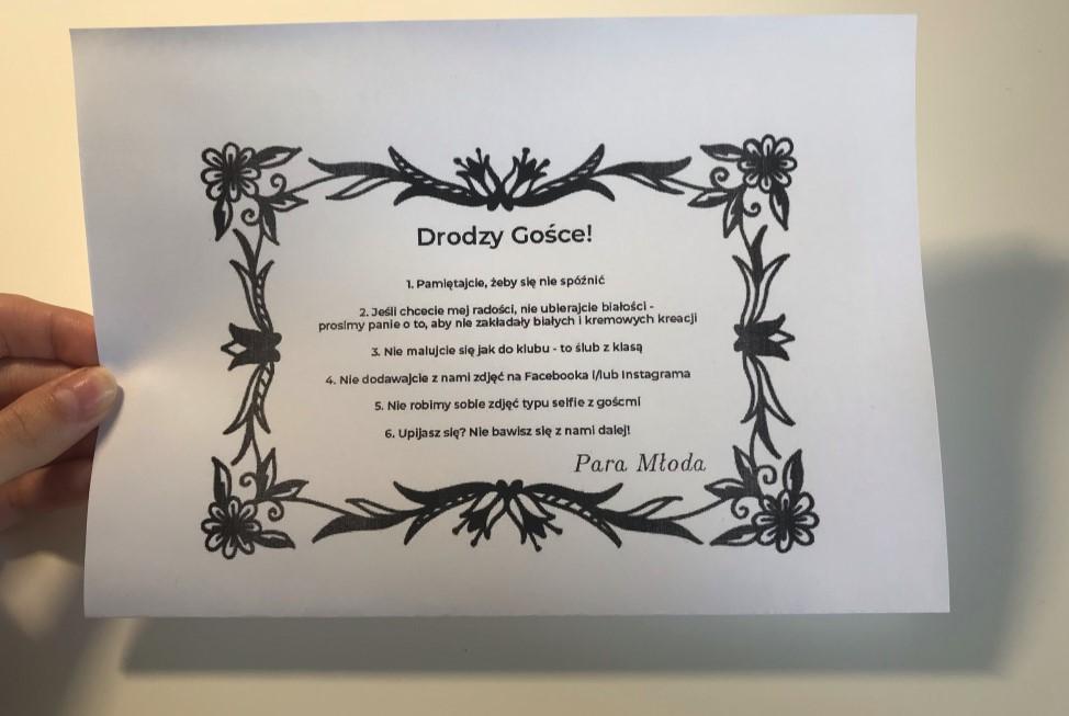 Zuza dostała zaproszenie na ślub. Dołączono do niego kartkę z wymogami od pary młodej