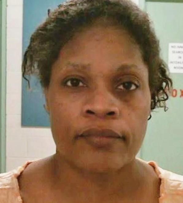 Wsadziła 20-miesięczną wnuczkę do piekarnika. Policjanci byli zdruzgotani widokiem zwłok