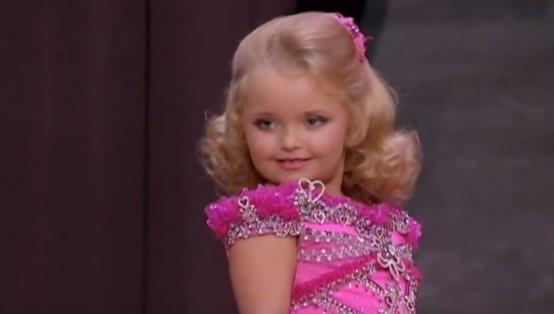 Jako mała dziewczynka występowała w pokazach. Dziś ma już 12 lat i znacznie przytyła