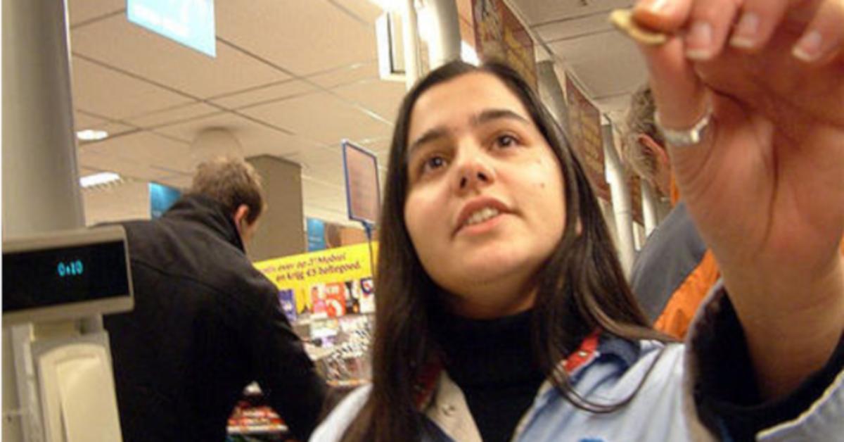 Daria jest kasjerką w Biedronce. Wyznaje, które zachowania klientów ją denerwują