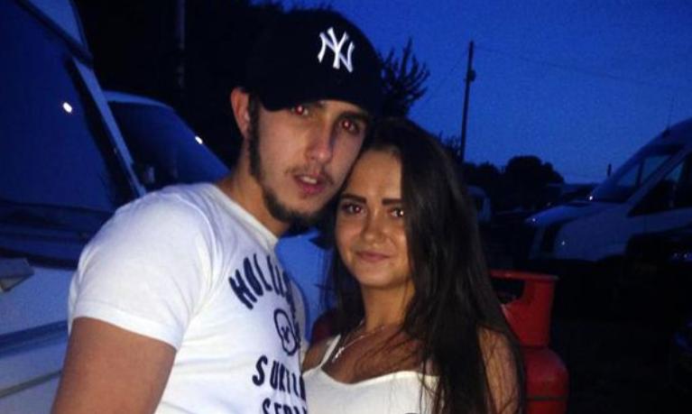 Zdradził żonę, a potem zadał jej 46 ciosów nożem. 21-latka przeżyła i wcale go nie zostawiła