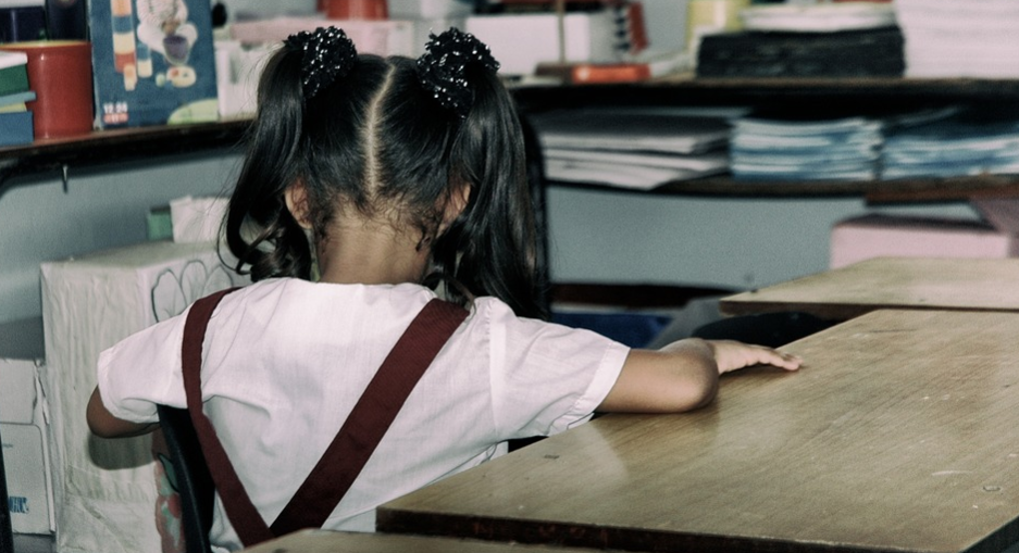 """""""Zabiję Cię"""". 10-letnia dziewczynka znalazła list z groźbą w swojej szkolnej szafce"""
