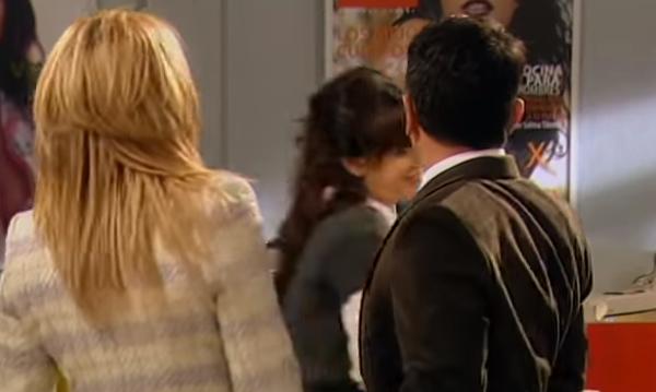 Nakryła koleżankę z pracy jak siedziała nago okrakiem na jej mężu. To nie wszystko