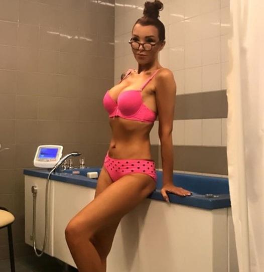 """51-letnia Ewa Minge opublikowała półnagie zdjęcia. """"Wygląda Pani kobieco i seksownie"""""""