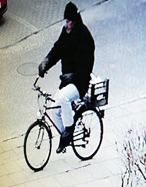Policja szuka 62-latka z Wrześni. Zamordował brata i próbował siostrę. Jest niebezpieczny