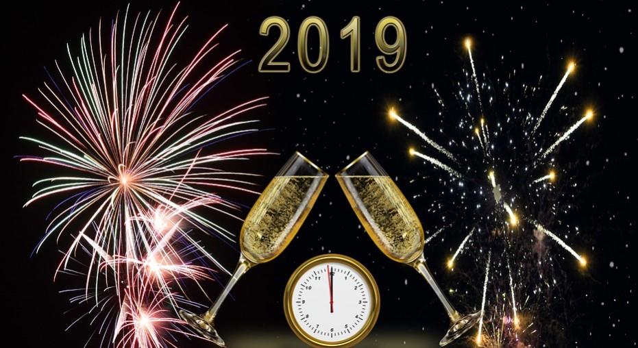 Horoskop na 2019 rok zdradzi, co czeka Cię w nowym roku. Prognozy są obiecujące!