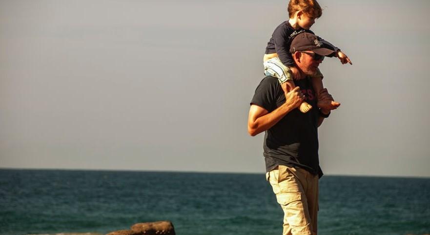 """Poruszający list ojca do małego synka. """"Cały świat nie musi mieć """"mgr"""" przed imieniem"""""""