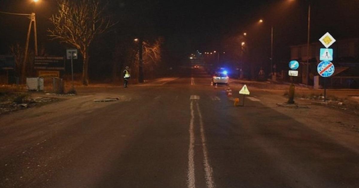 18-latka została potrącona na przejściu. Po chwili przejechał po niej drugi samochód