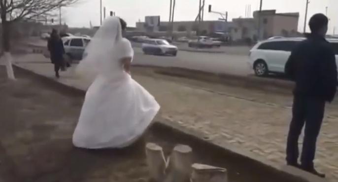 """Zażądała rozwodu 3 minuty po zawarciu małżeństwa. Powodem było """"karygodne"""" zachowanie męża"""