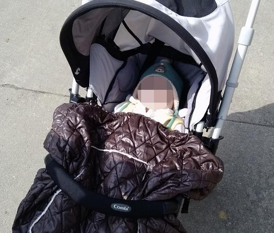 Wrocław: 34-latka wyciągnęła z wózka 1,5-miesięczne niemowlę i zaczęła je bić