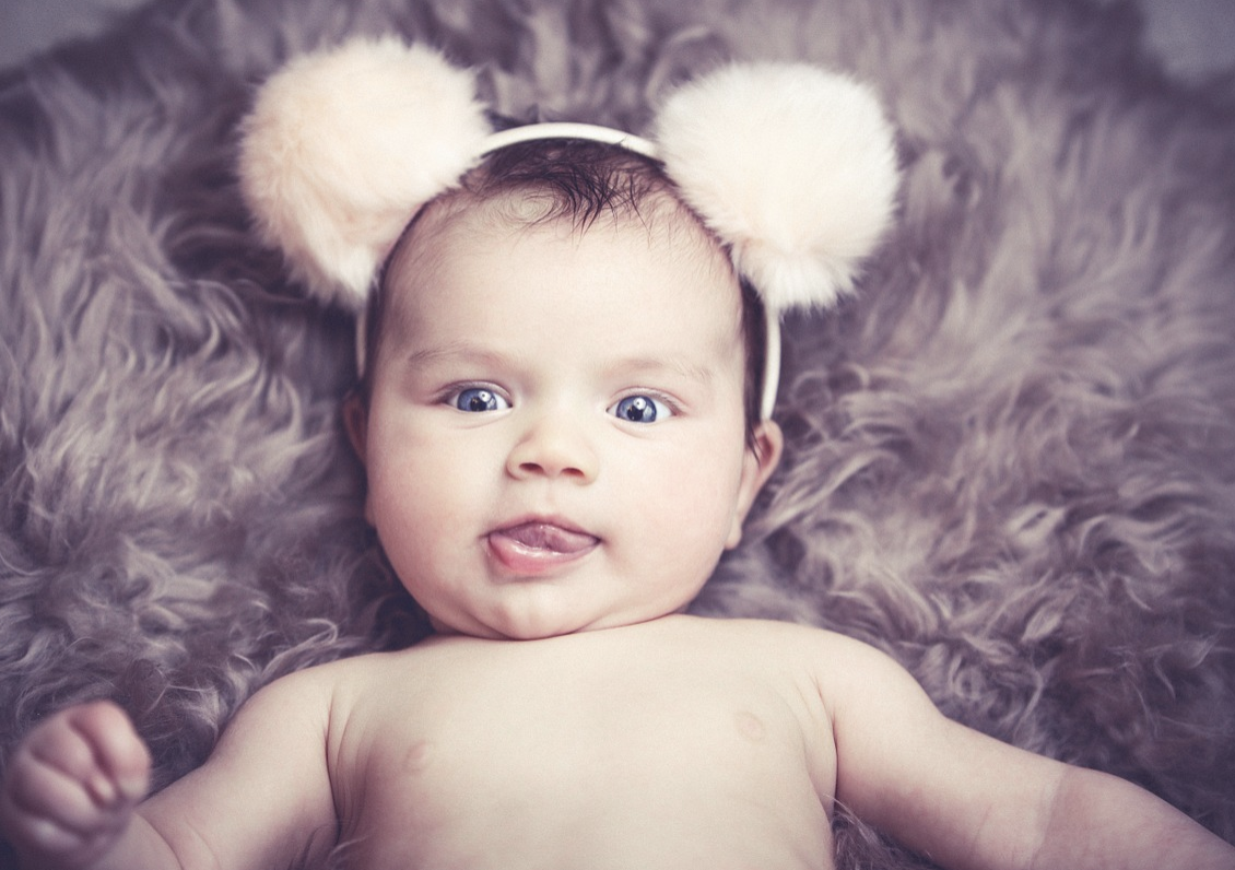 """Mama wybrała nietuzinkowe imię dla córeczki. Internauci: """"Będzie wyśmiewana do końca życia"""""""
