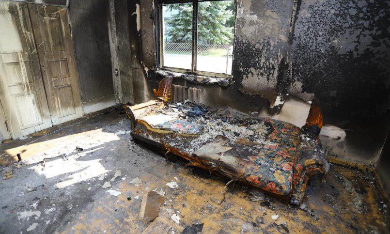 Dom pani Anety spłonął w nocy. Ocalała tylko jedna rzecz, która ma ponad 130 lat