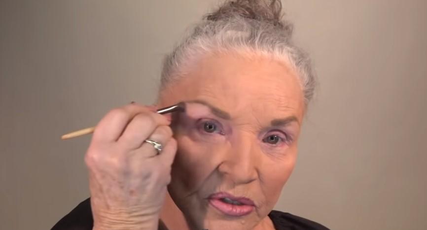 78-latka odmłodziła się o 20 lat. Nie była potrzebna jej do tego żadna operacja